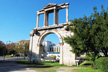 Puerta Arco Adriano, Atenas