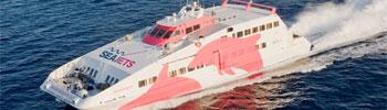 Barco ferry rápido SuperJet de la SeaJets en Grecia