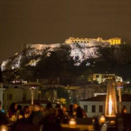 Cena Tradicional en Atenas y la noche en Psiri