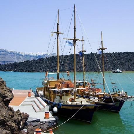 Excursión Volcan Santorini y Aguas Termales