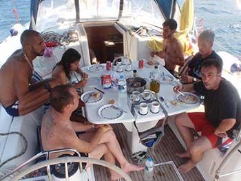 Vida a bordo de un velero