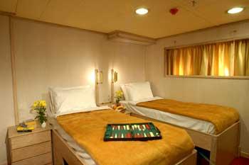 Goleta Galileo | Camarote Doble camas separadas Tipo B