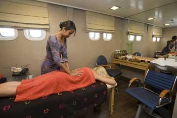 Crucero Harmony V | Tratamientos de Belleza y masajes a bordo.