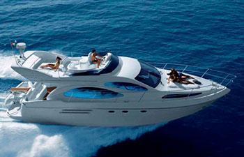 Charter náutico de yates a motor en Grecia