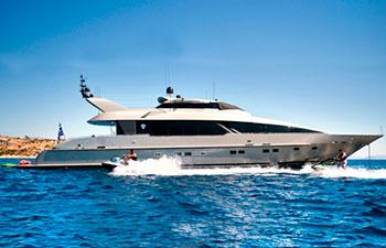 Alquiler barco yate a motor en Grecia